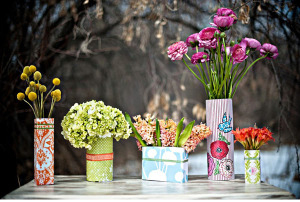 DIY-Tin-Can-Vase-Cover-Wedding-Centrepiece-Decor-Idea1