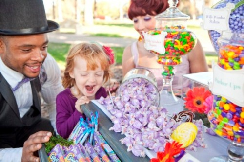 colorful-willy-wonka-inspired-wedding-7